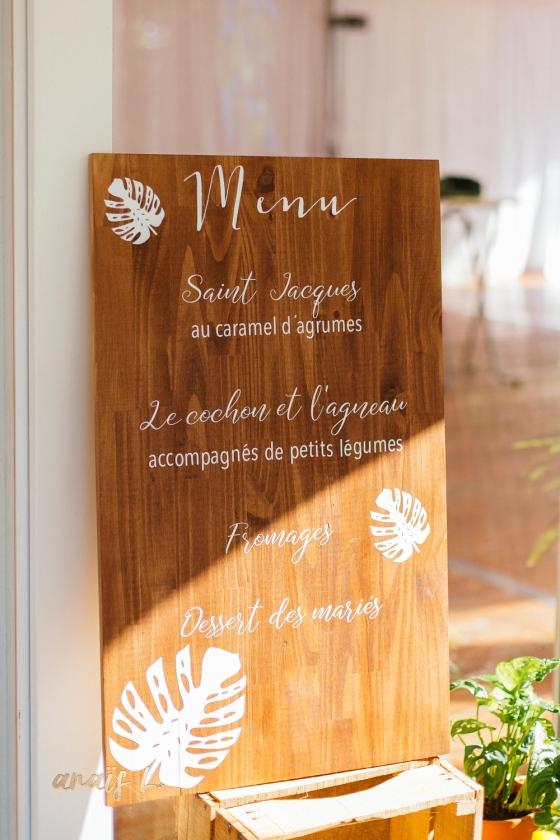 Menu personnalisé mariage toulouse décoration tropicale